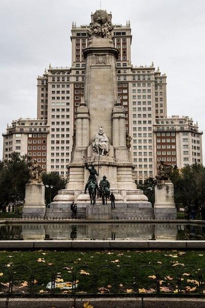 monumento-cervantes-1