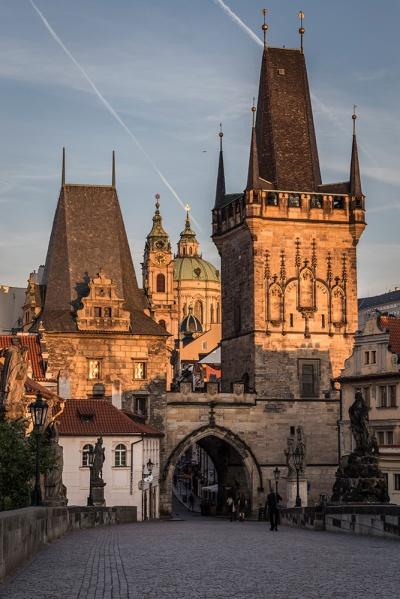 Praga-128